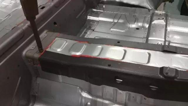 博世力士乐中频自适应点焊技术实现汽车热成型钢板的完美焊接