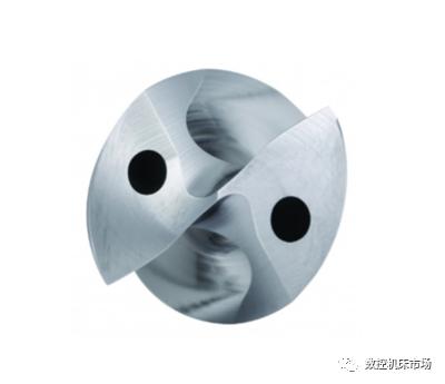 具备SGL钻尖形式的新型硬质合金钻头,肯纳金属为航空航天和能源行业的制造商带来了前所未有的钻孔技术。