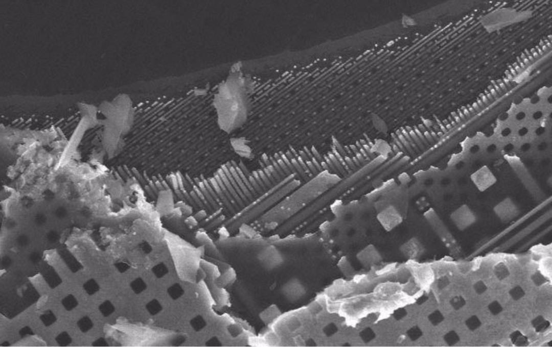 芯片里面100多亿晶体管是如何实现的?