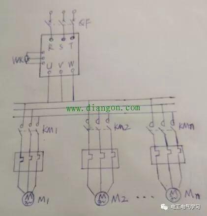 如何用一台变频器同时对多台电动机实施调速控制