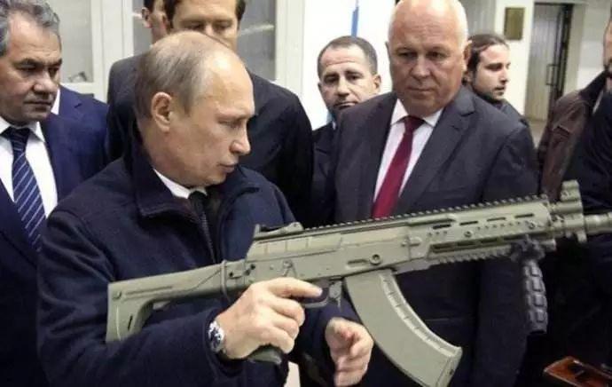 为什么俄罗斯没有高端芯片,却能造出一流武器?