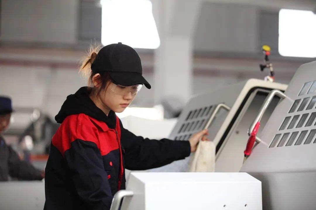 世界技能大赛数控车项目唯一女选手
