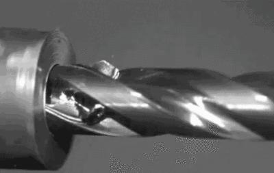 慢镜头下的各种机械加工的美