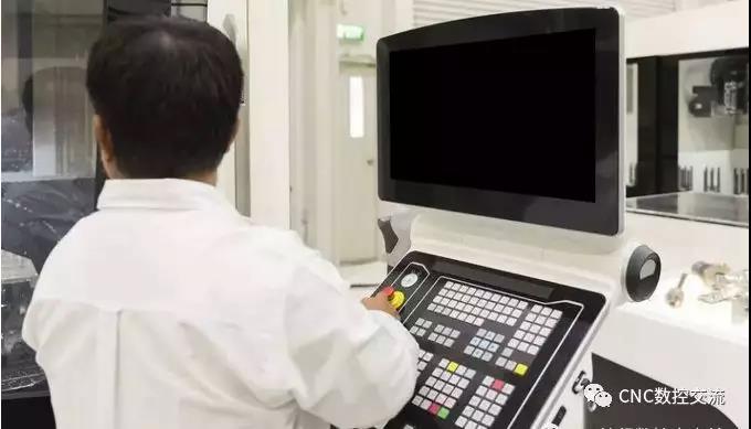 """""""天价""""月薪也很难招到机械制造业高级CNC工程师的原因"""